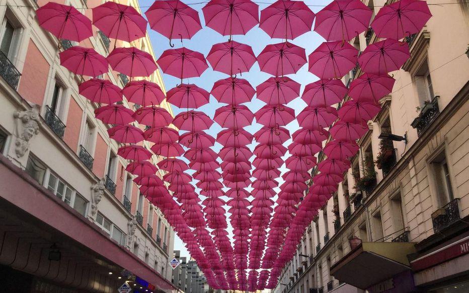 parapluies_roses